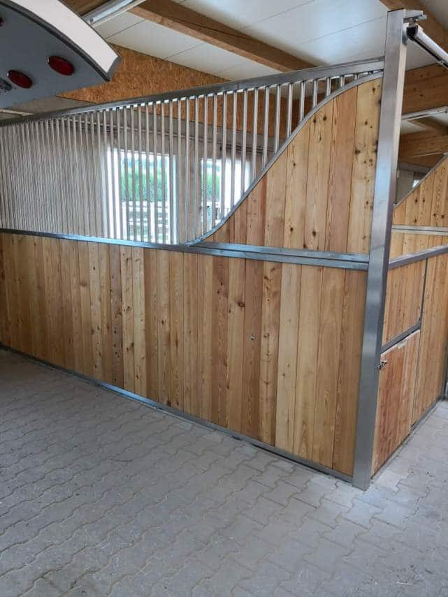 with curved front privacy panel
